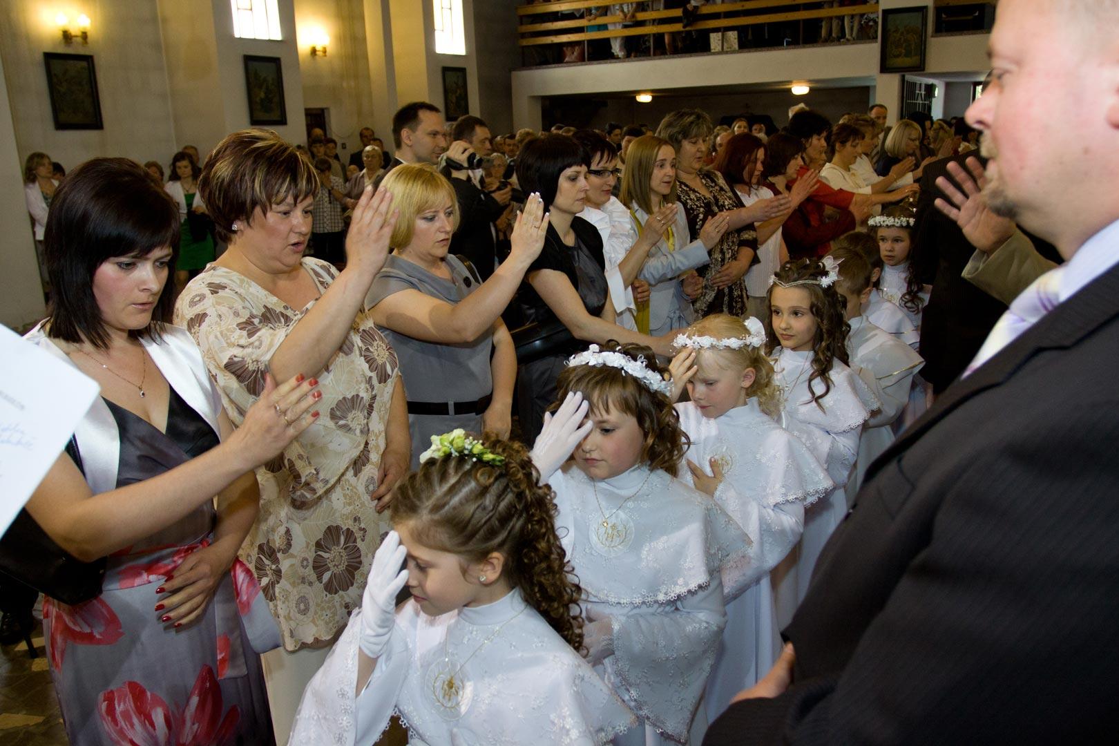 005-communion