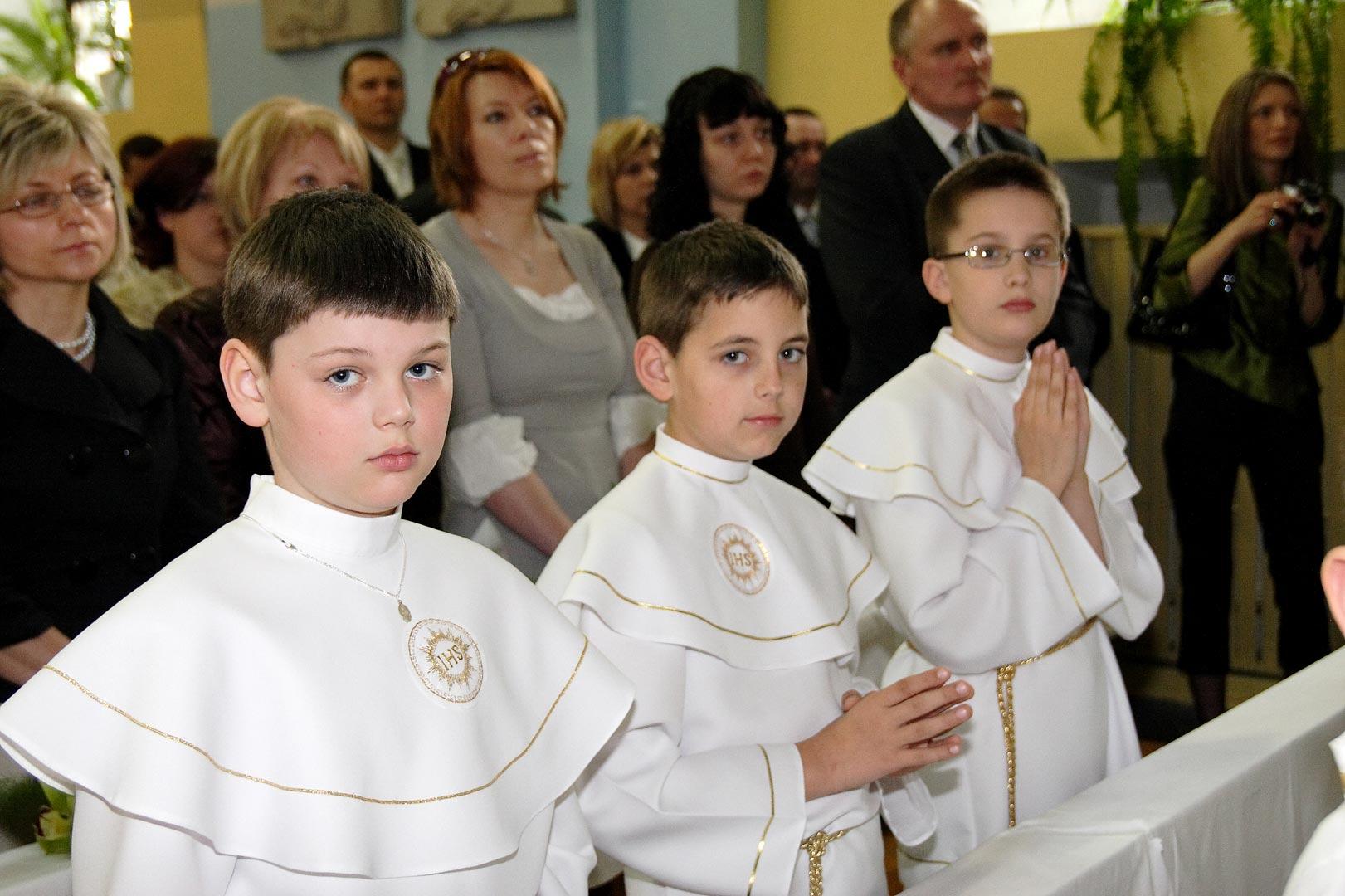 015-communion