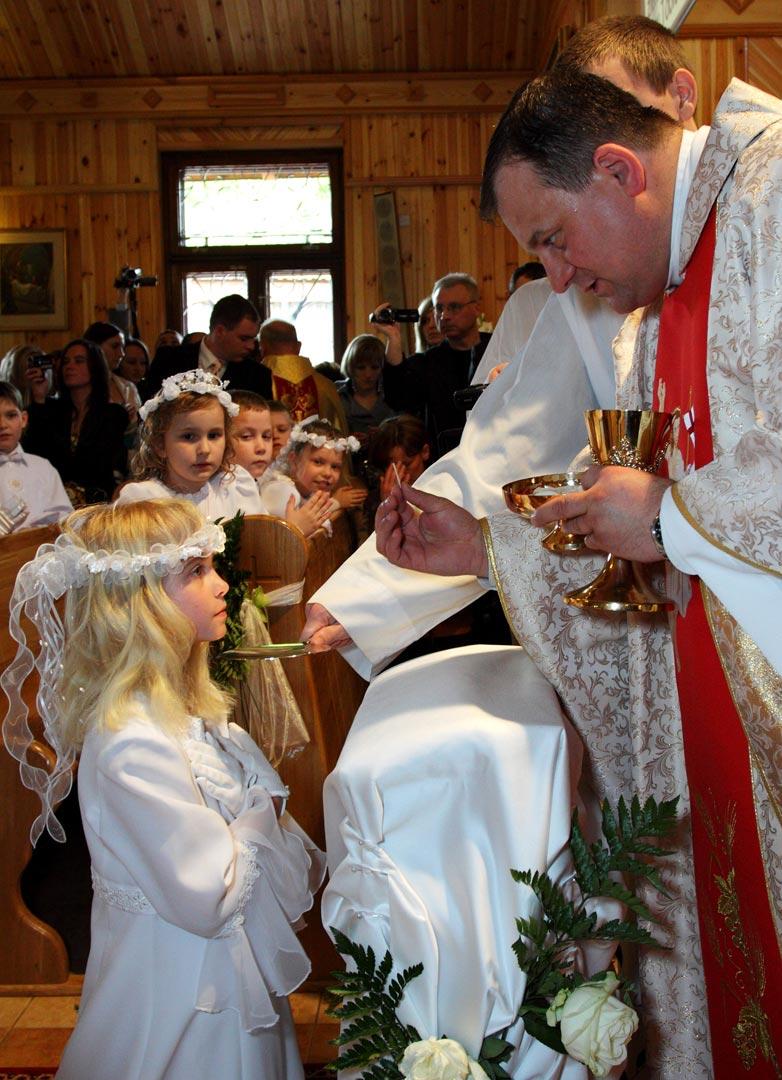 023-communion