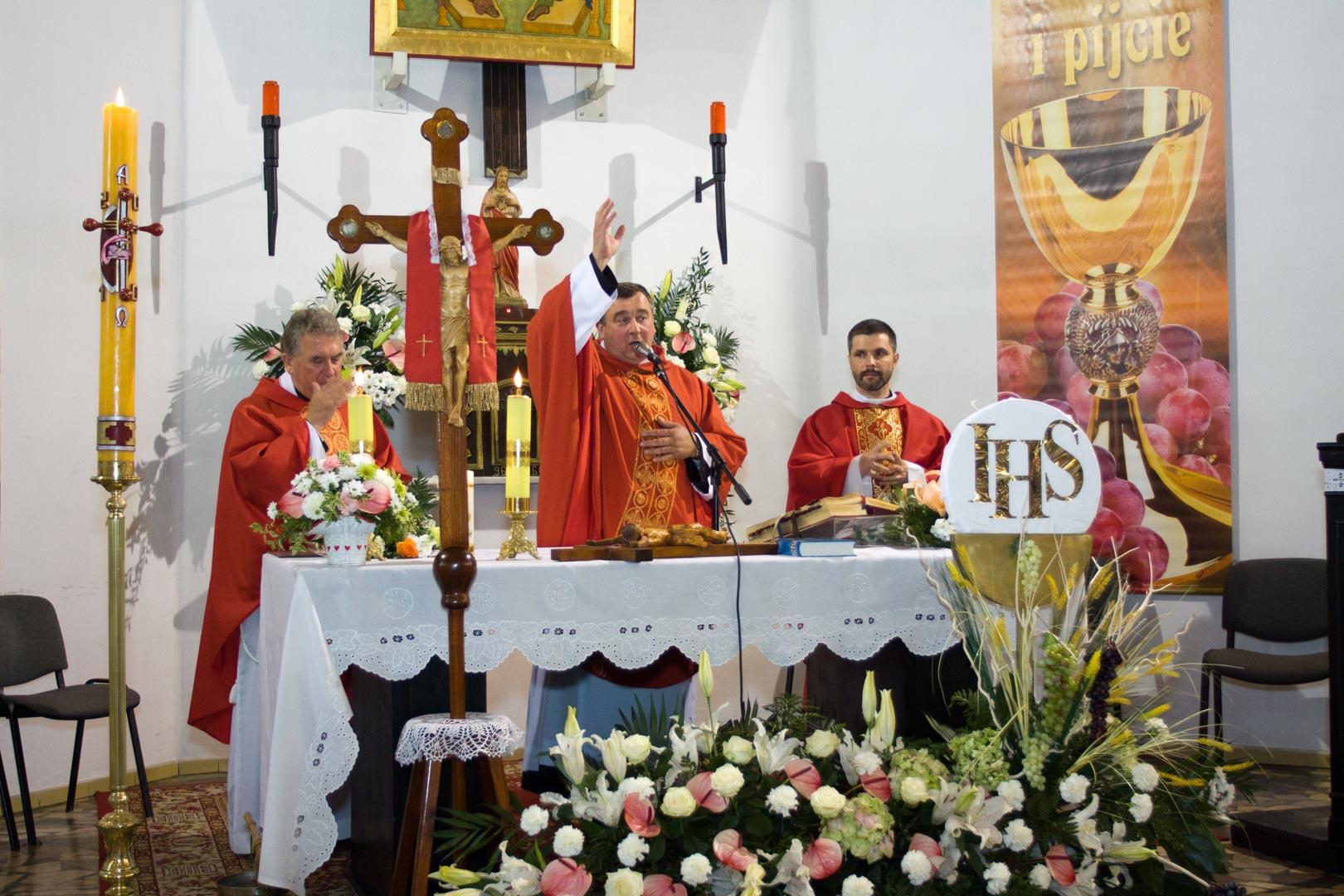 030-communion
